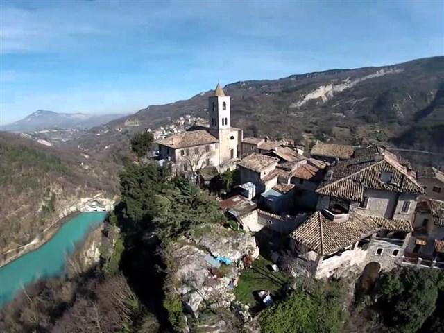 Ascoli-Piceno-Lago-di-Castel-Trosino