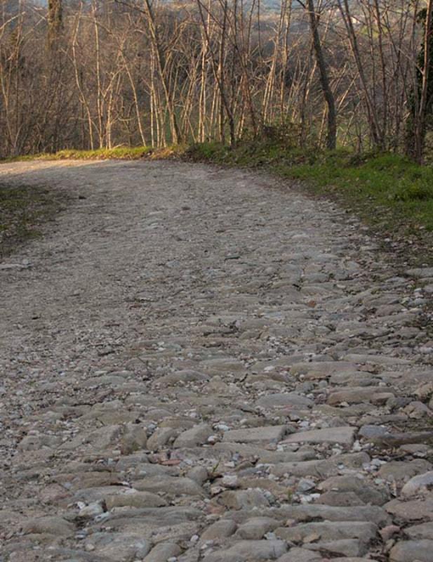 Strada romana tra Sarnano e Amandola