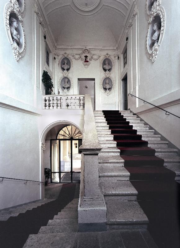 Scalinata d'ingresso a Villa Colloredo Mels