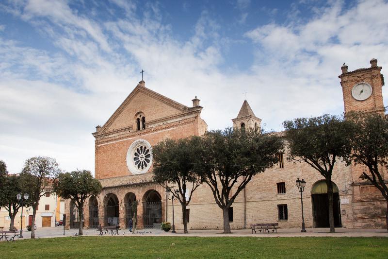 Chiaravalle - Abbazia di Santa Maria in Castagnola