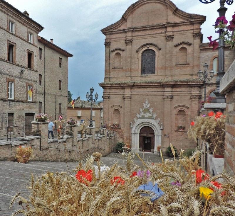 Facciata del Santuario del Beato Antonio ad Amandola