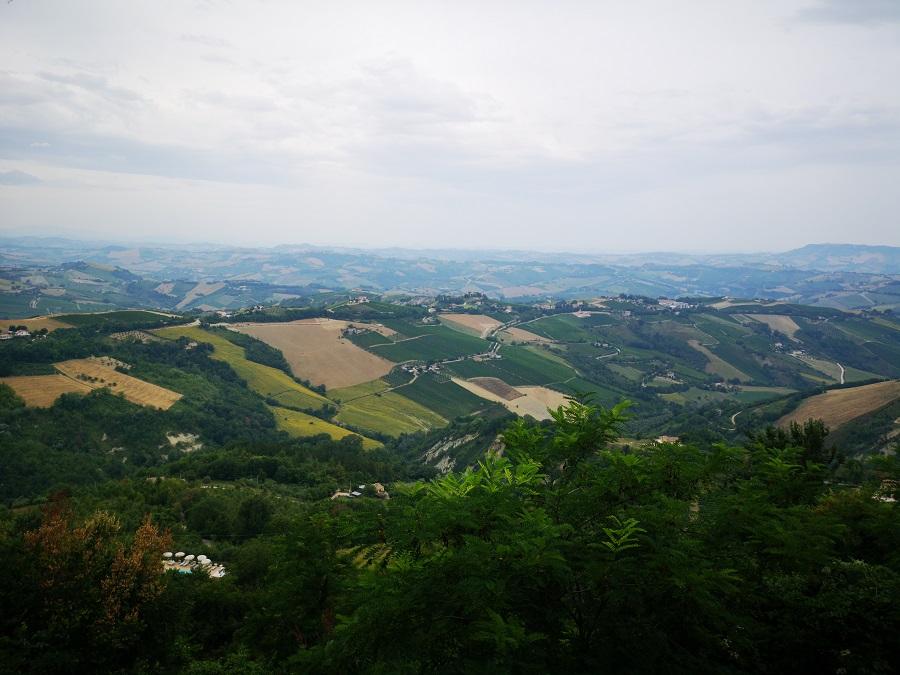 Borgo-di-Ripatransone-Bel-vedere-del-Piceno.-Tour-in-moto